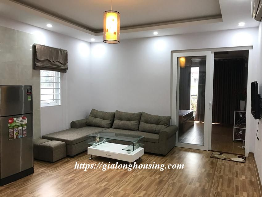 One bedroom apartment in De La Thanh for rent 3