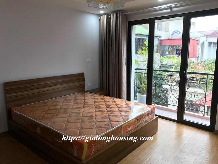 One bedroom apartment in De La Thanh for rent 6