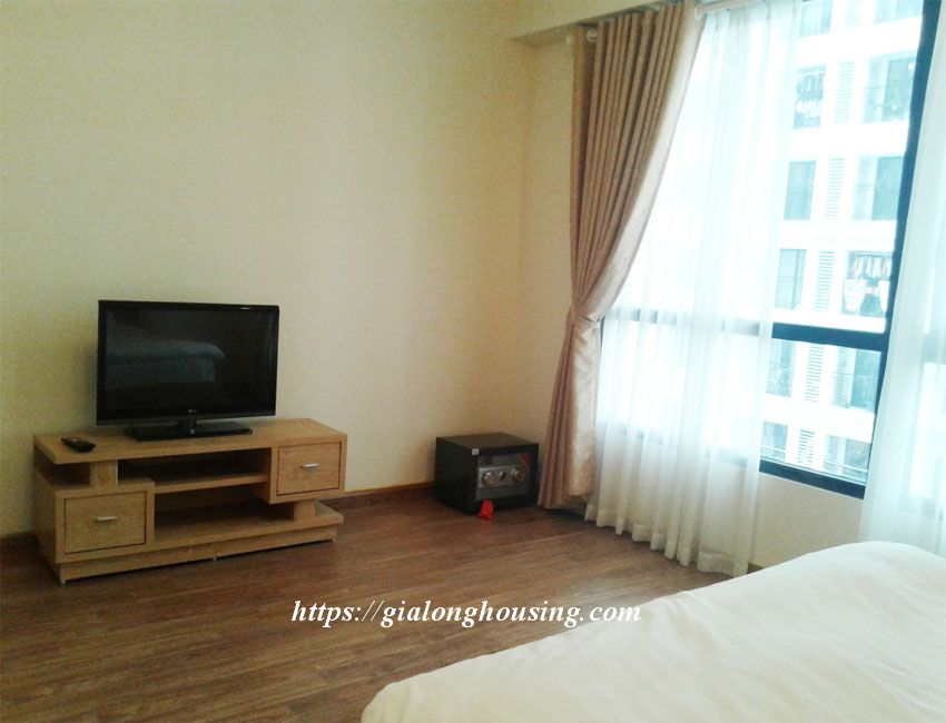 Fully furnished apartment in Sky City 88 Lang Ha 5