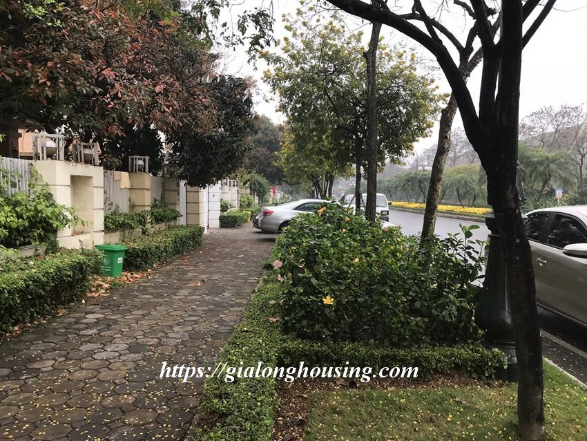Fully furnished villa in T block Ciputra for rent today 1