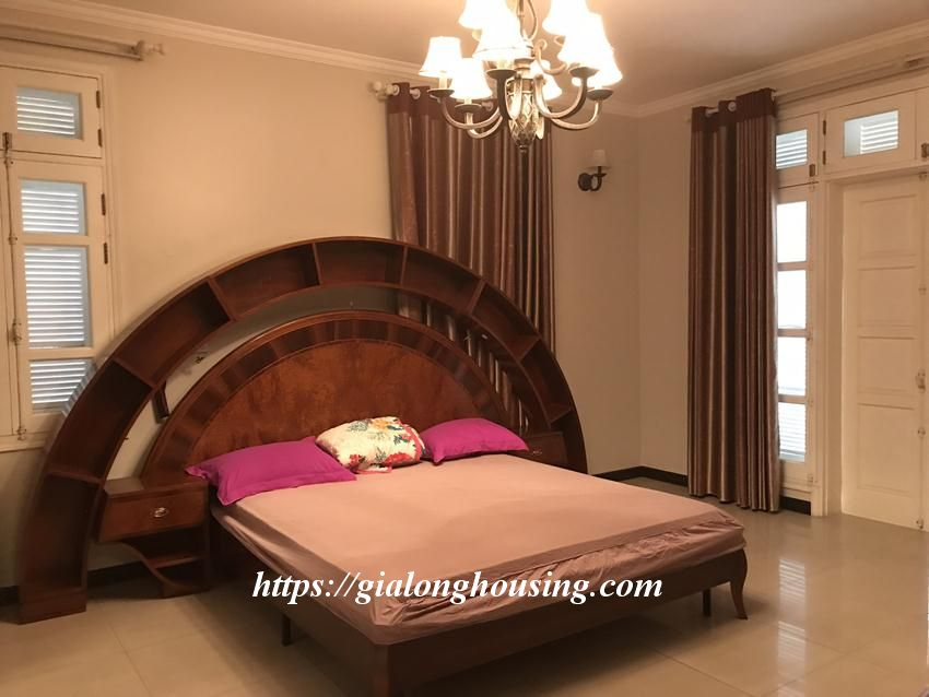 Fully furnished villa in T block Ciputra for rent today 13