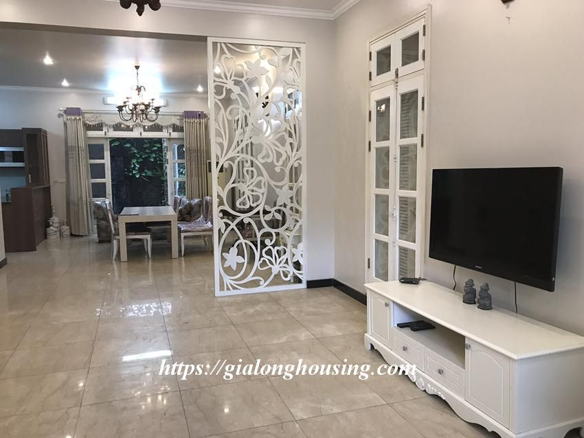 Fully furnished villa in T block Ciputra for rent today 6