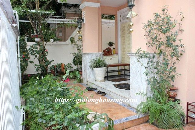 Villa with full of furniture in T block of Ciputra, $2000 2