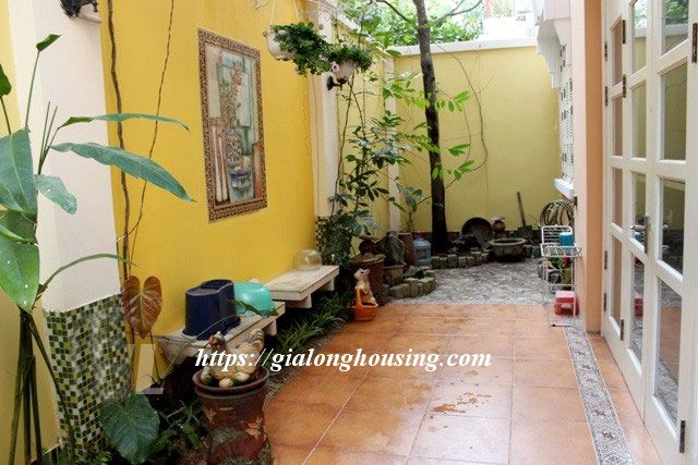 Villa with full of furniture in T block of Ciputra, $2000 3
