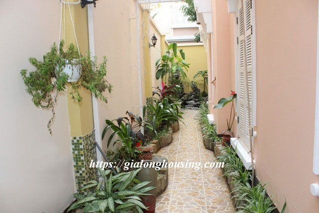 Villa with full of furniture in T block of Ciputra, $2000 4