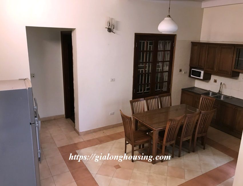 3 bedroom house in lane 31 Xuan Dieu for rent 10