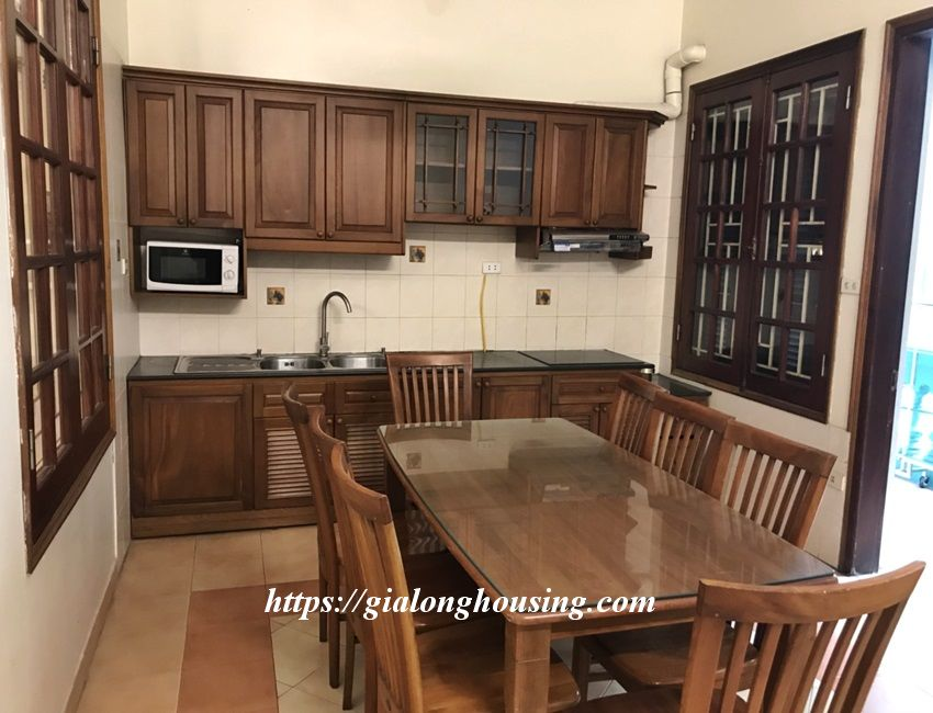 3 bedroom house in lane 31 Xuan Dieu for rent 11