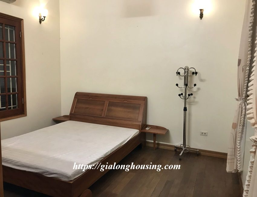3 bedroom house in lane 31 Xuan Dieu for rent 13