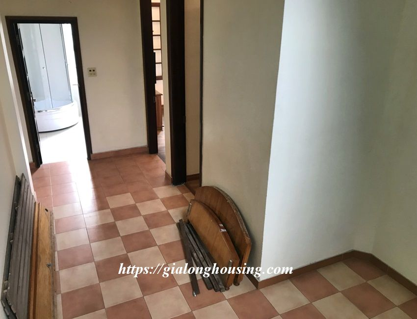 3 bedroom house in lane 31 Xuan Dieu for rent 16