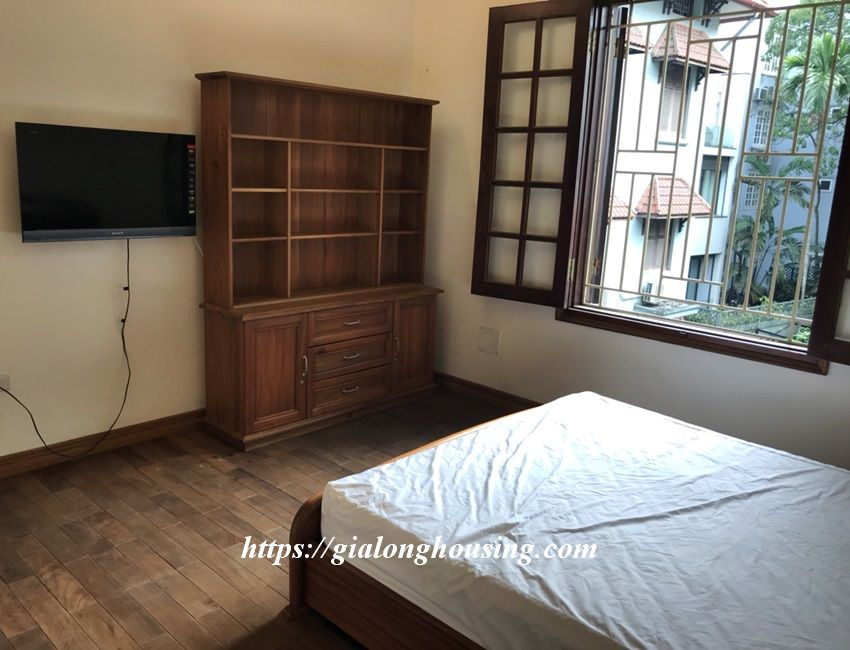 3 bedroom house in lane 31 Xuan Dieu for rent 20