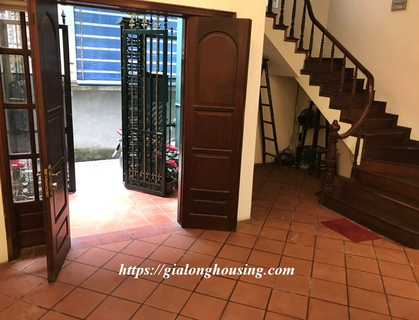 3 bedroom house in lane 31 Xuan Dieu for rent 5