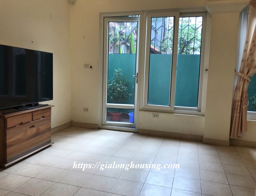 3 bedroom house in lane 31 Xuan Dieu for rent 6