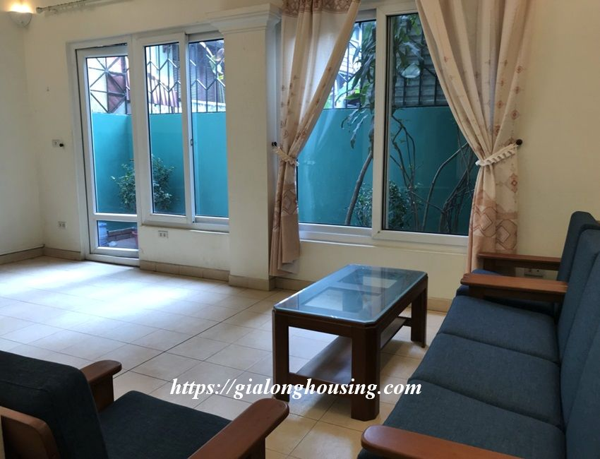 3 bedroom house in lane 31 Xuan Dieu for rent 7