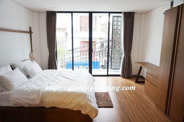 Brand new serviced apartment in Truong Han Sieu for rent 13