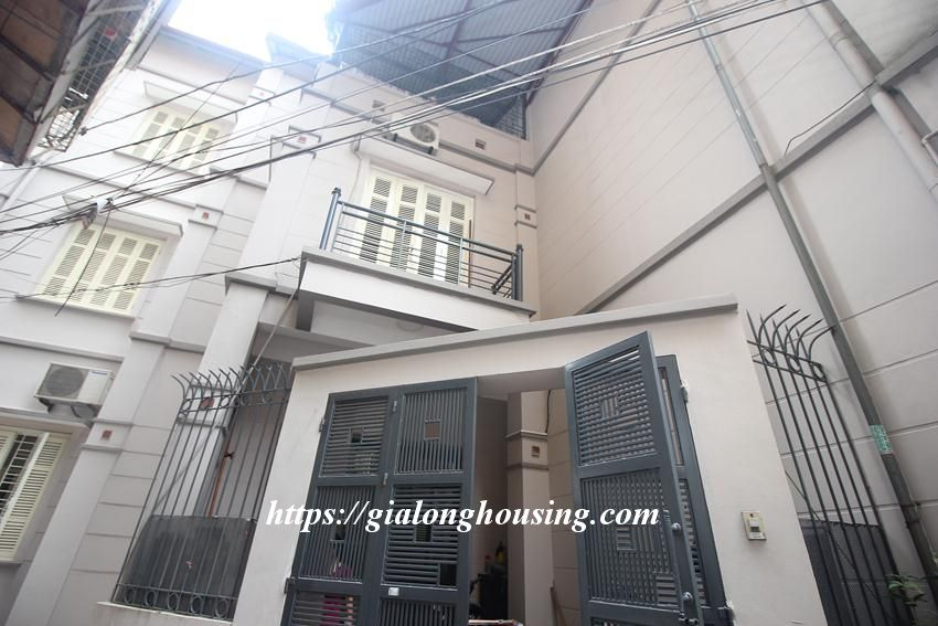 Cozy and modern house in Giang Vo for rent 1