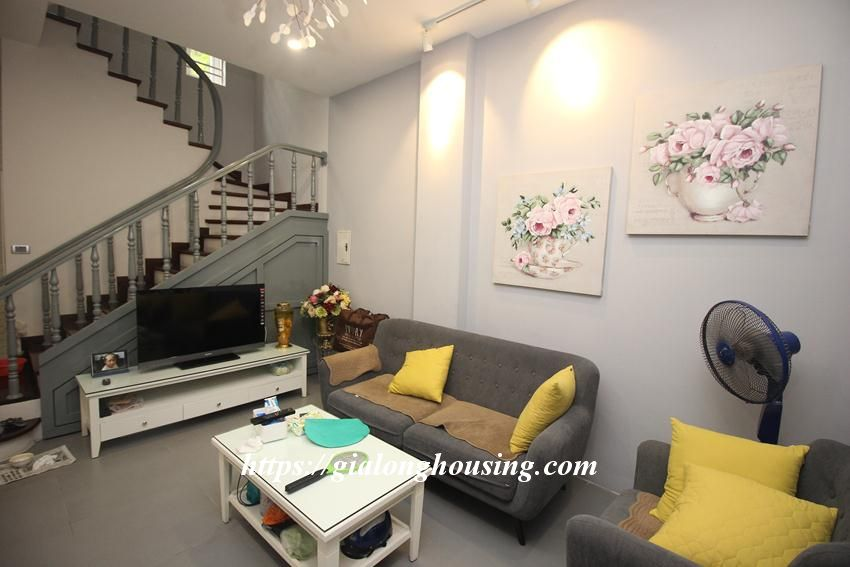 Cozy and modern house in Giang Vo for rent 3