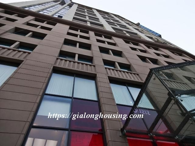 2 bedroom apartment in Hoang Thanh Tower for rent 1