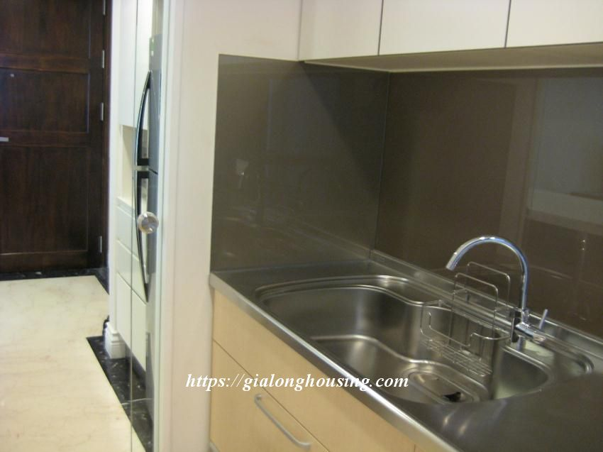 2 bedroom apartment in Hoang Thanh Tower for rent 11