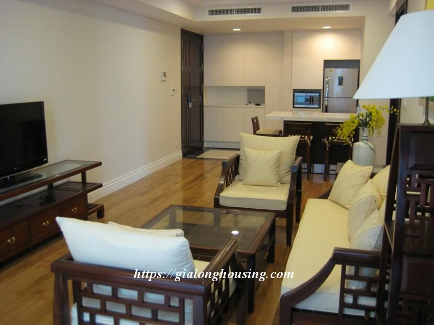2 bedroom apartment in Hoang Thanh Tower for rent 5