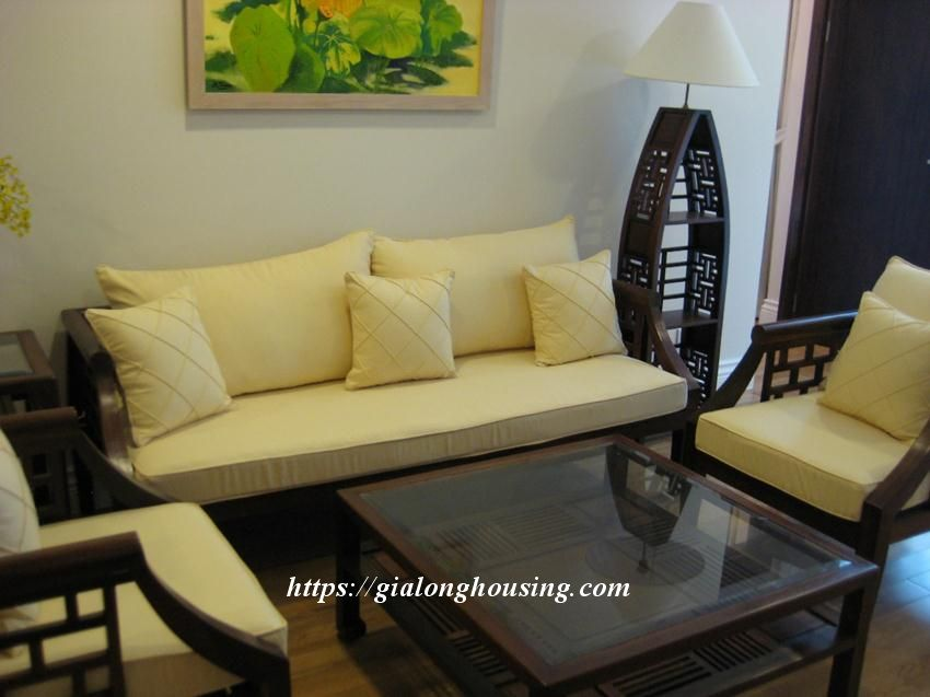 2 bedroom apartment in Hoang Thanh Tower for rent 7