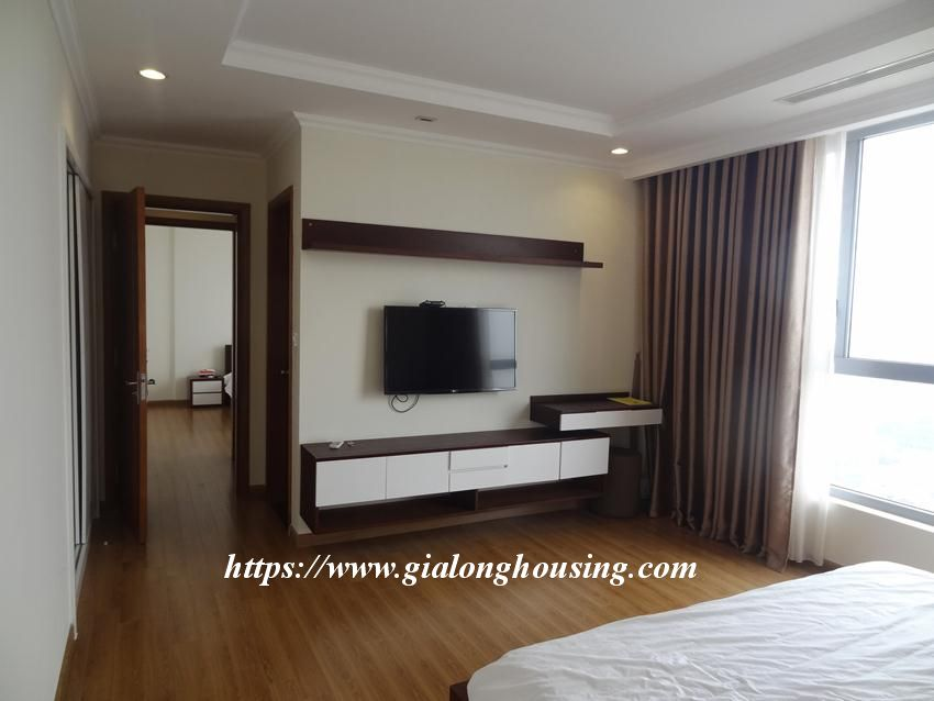 3 bedroom bed apartment in Vinhomes, near Lotte for rent 11