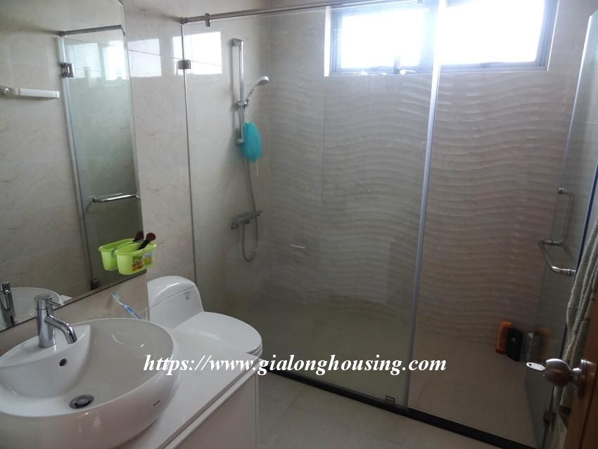 3 bedroom bed apartment in Vinhomes, near Lotte for rent 14