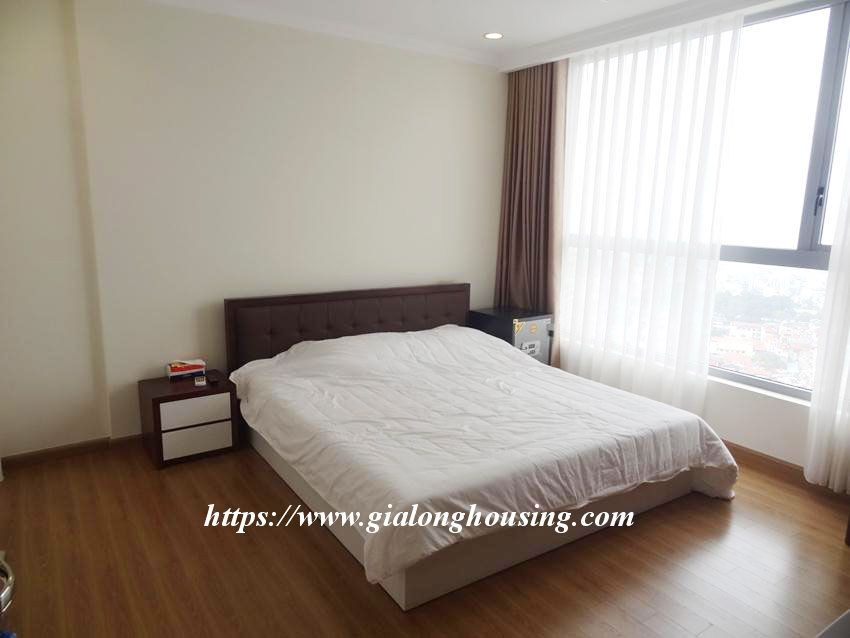 3 bedroom bed apartment in Vinhomes, near Lotte for rent 16