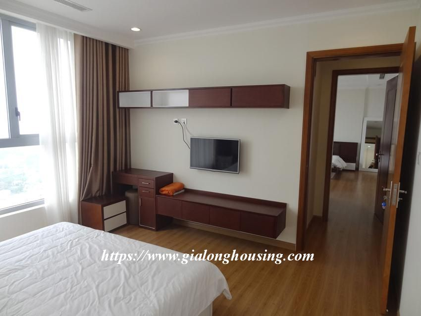 3 bedroom bed apartment in Vinhomes, near Lotte for rent 17