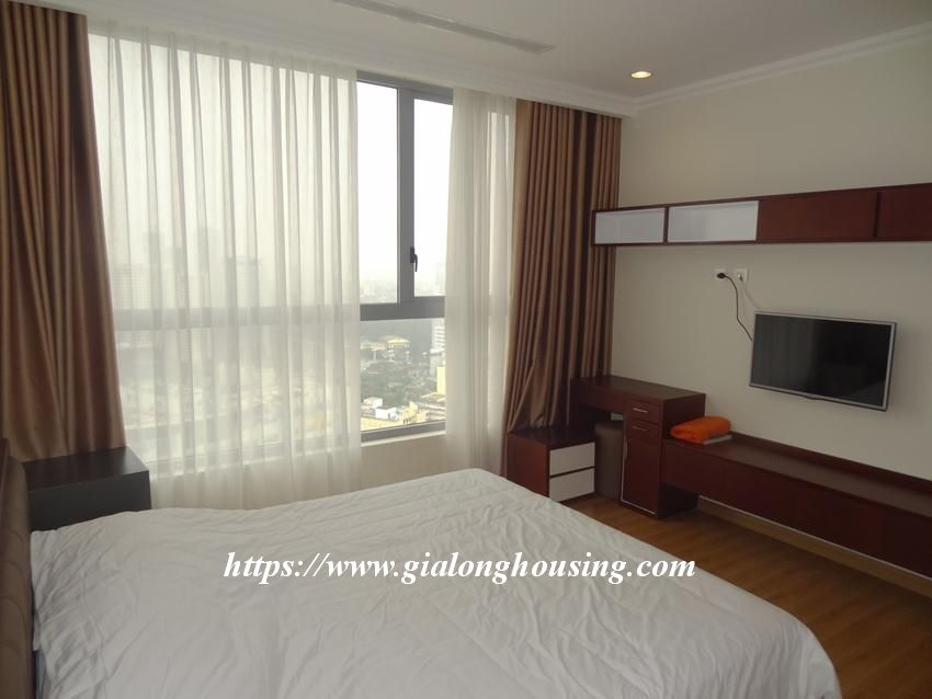 3 bedroom bed apartment in Vinhomes, near Lotte for rent 18