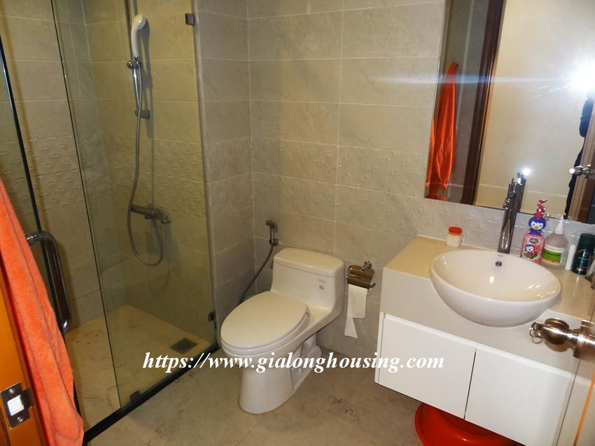 3 bedroom bed apartment in Vinhomes, near Lotte for rent 8