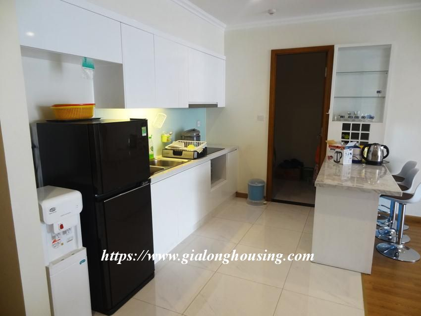 3 bedroom bed apartment in Vinhomes, near Lotte for rent 4