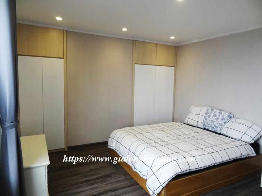 Brand new 3 bedroom apartment in Hongkong tower 16