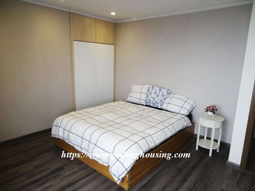 Brand new 3 bedroom apartment in Hongkong tower 17