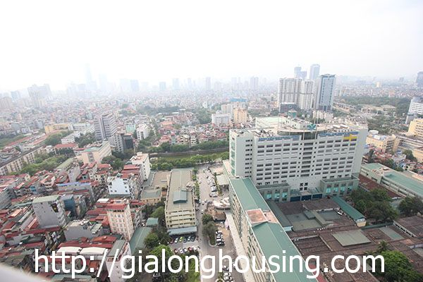 Vinhome Nguyen Chi Thanh apartment with 3br rent out on best price 17