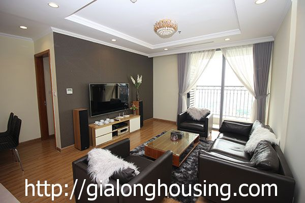 Vinhome Nguyen Chi Thanh apartment with 3br rent out on best price 3