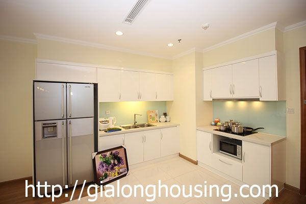 Vinhome Nguyen Chi Thanh apartment with 3br rent out on best price 5