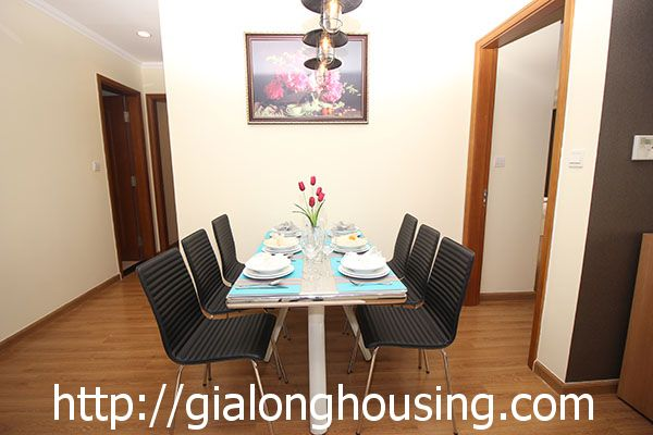 Vinhome Nguyen Chi Thanh apartment with 3br rent out on best price 6