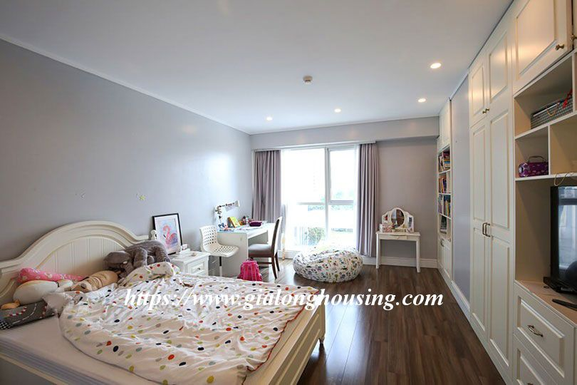 Luxurious golf court view apartment in L building, Ciputra 16
