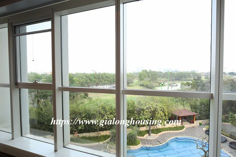 Luxurious golf court view apartment in L building, Ciputra 8