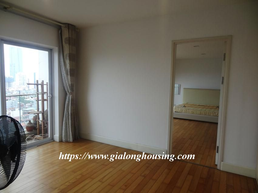 3 bedroom fully furnished apartment in Golden for rent 10