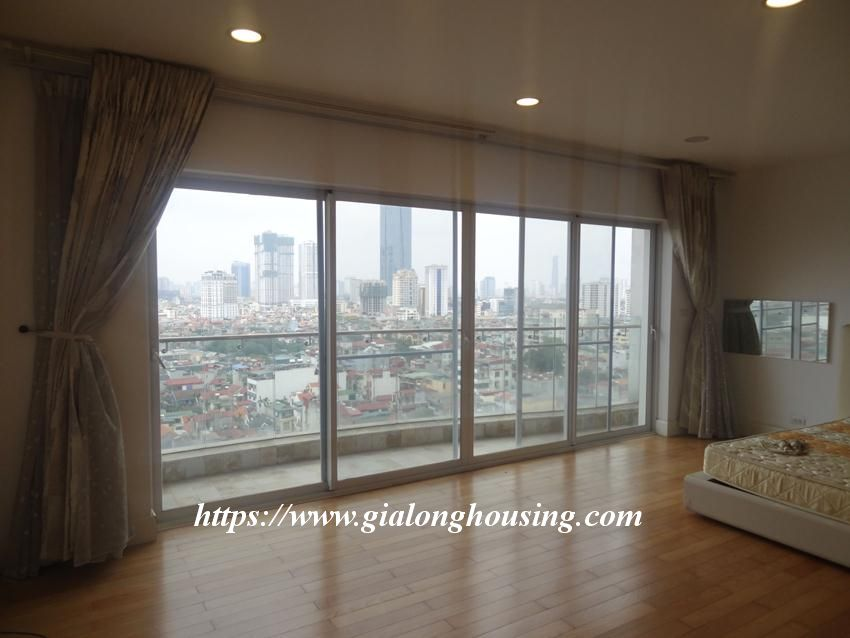 3 bedroom fully furnished apartment in Golden for rent 12