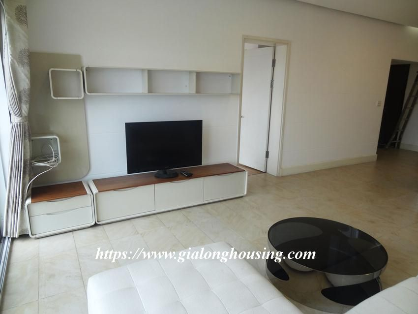 3 bedroom fully furnished apartment in Golden for rent 5