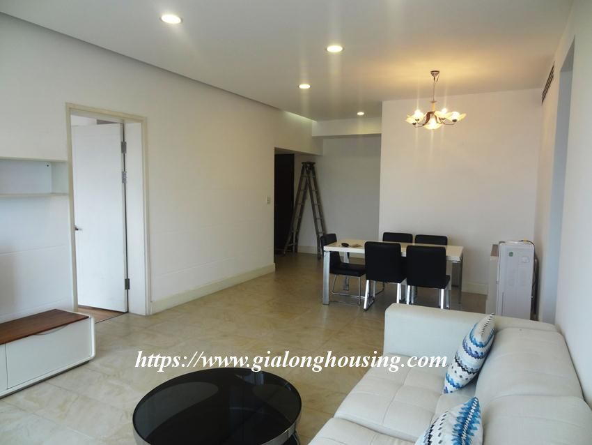 3 bedroom fully furnished apartment in Golden for rent 6