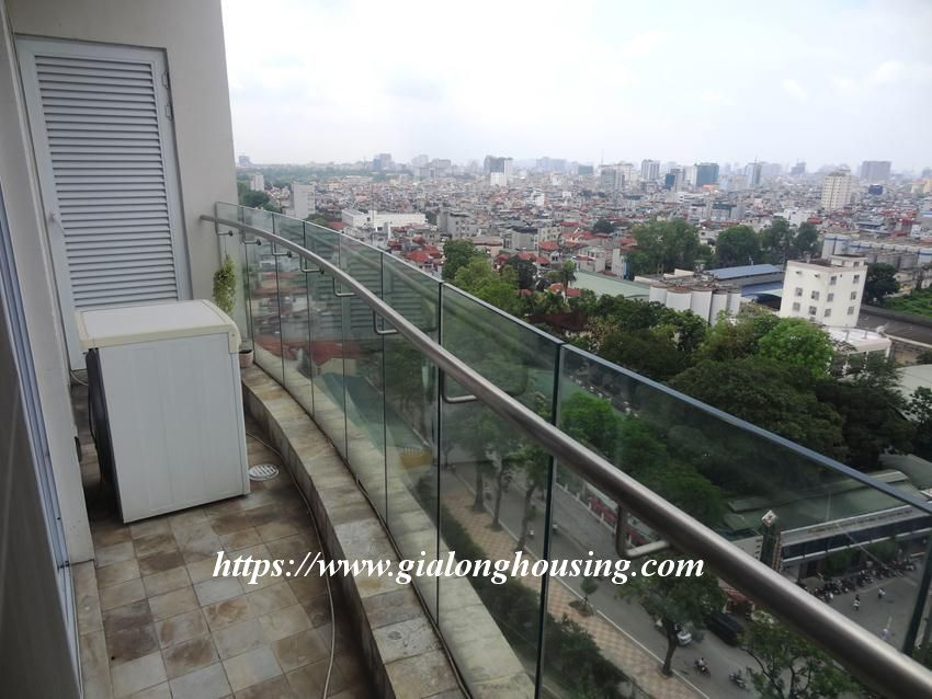 3 bedroom fully furnished apartment in Golden for rent 7
