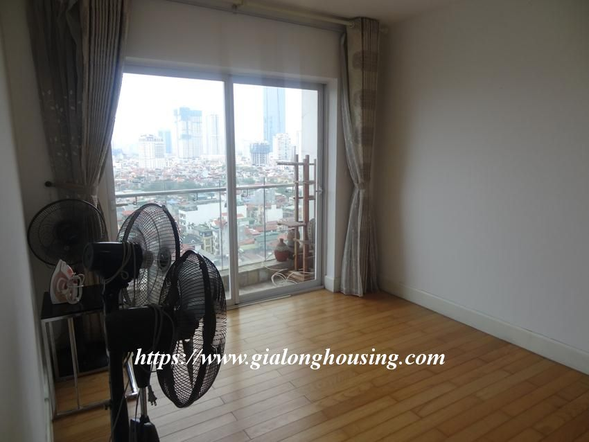 3 bedroom fully furnished apartment in Golden for rent 9