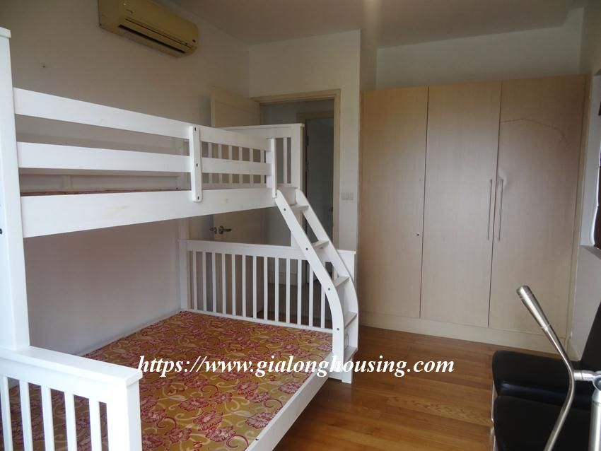 3 bedroom fully furnished apartment in Golden for rent 13
