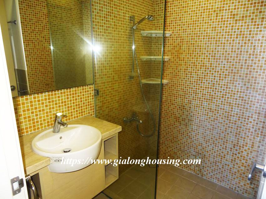 3 bedroom fully furnished apartment in Golden for rent 14