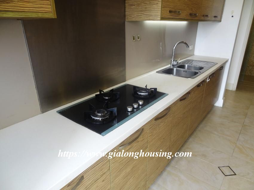 3 bedroom fully furnished apartment in Golden for rent 19