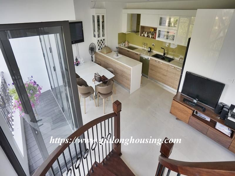 Bright duplex serviced apartment in Vong Thi for rent 12