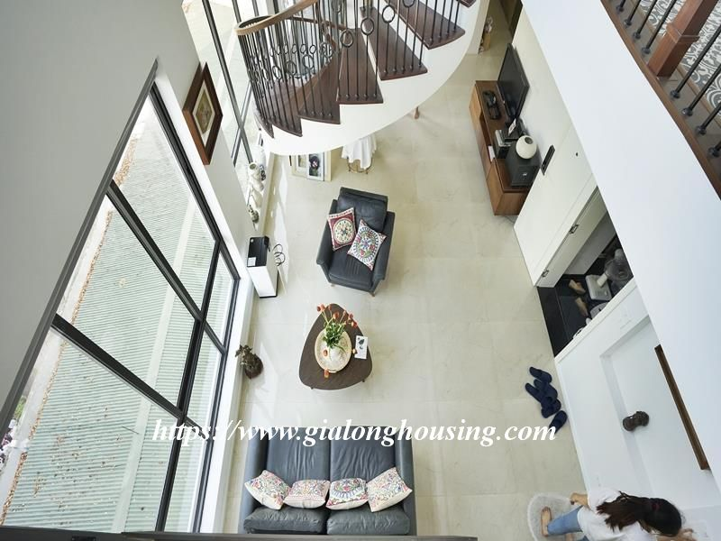 Bright duplex serviced apartment in Vong Thi for rent 15